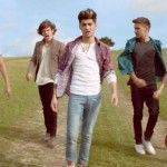 Vídeo de música de One Direction - Little Things
