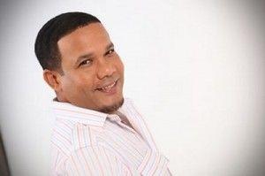 Video y letra de canción de la bachata de Hector Acosta: No moriré